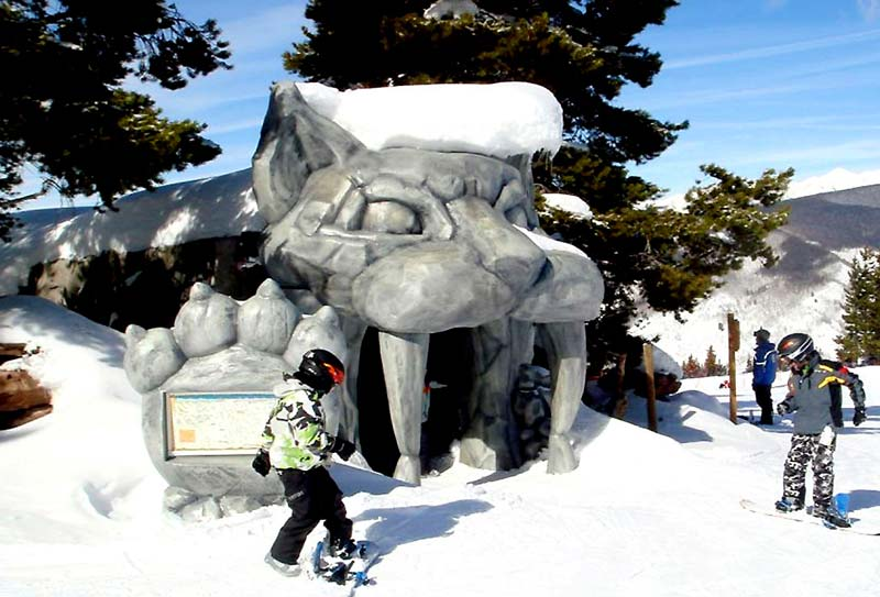 15ft Cat Head Ski-Through for Vail Resort