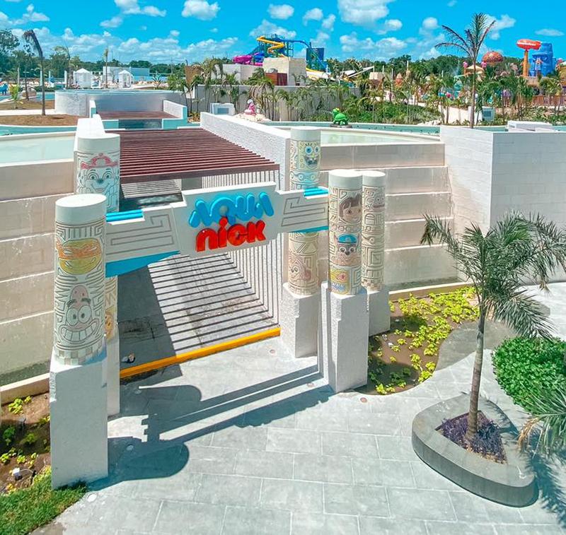 Aqua Nick Water Park Signage and 10' - 15' Character Pillars