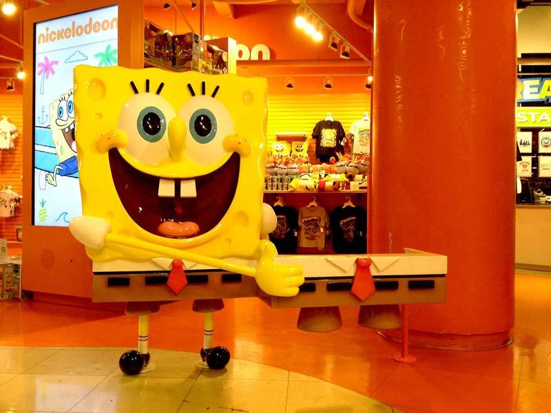 Custom Nickelodeon 5ft SpongeBob Sculpture