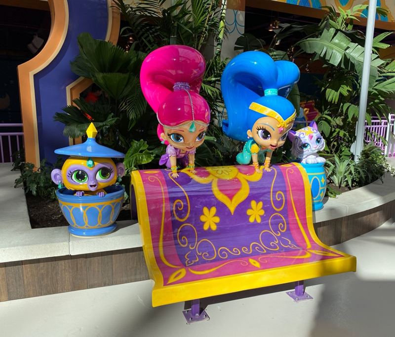 Photo Opp featuring Shimmer, Shine, Tala, and Nahal Characters