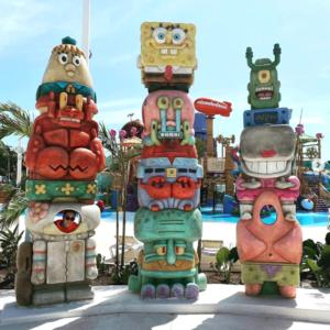 SpongeBob Squarepants Totems - Themed Photo Opp