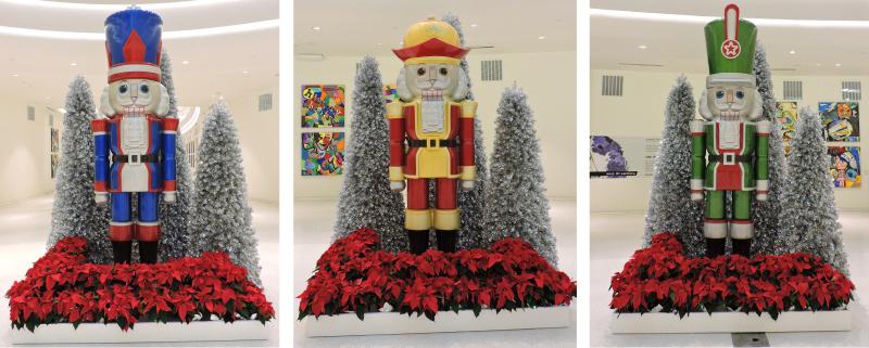 11ft Nutcracker Photo Opp Statues for Mall of America
