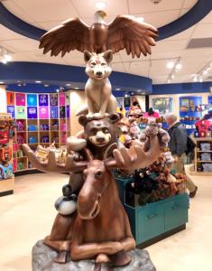 9' Minnesota Animal Totem Photo Opp